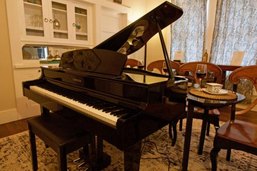 If you play the piano or just want to look like you can, enjoy our piano lounge